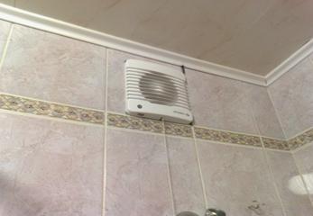 Простой вентилятор для ванной