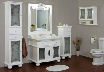 Пенал в ванную комнату