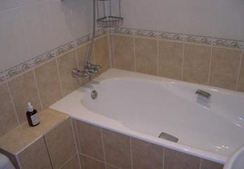Делаем установку стальной ванны сами